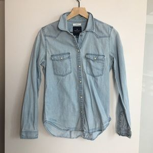 American Eagle Denim Long Sleeve Shirt